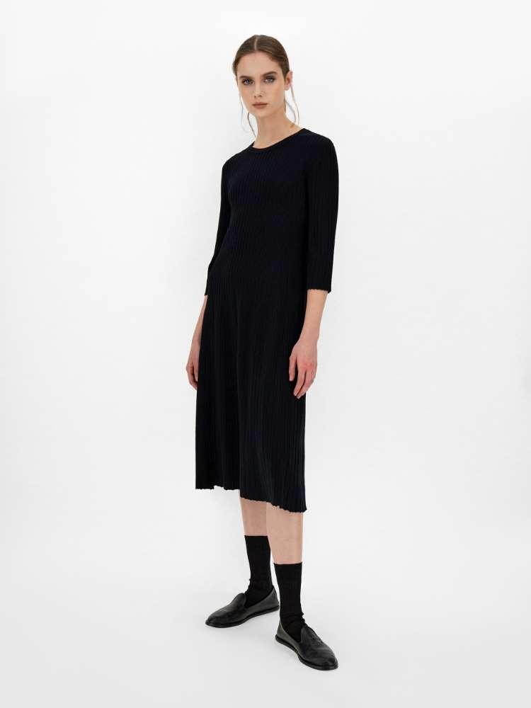 Viscose yarn dress