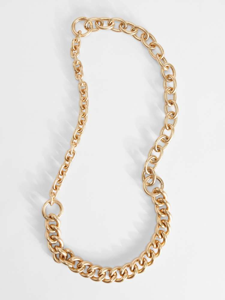 Metal-look chain necklace